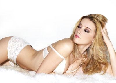 εϊз *~>Elizabeth Aimee Rutherford<~* εϊз Amber-heard-sexy