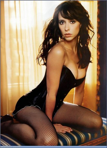 Jennifer Love Hewitt wallpapers 2011